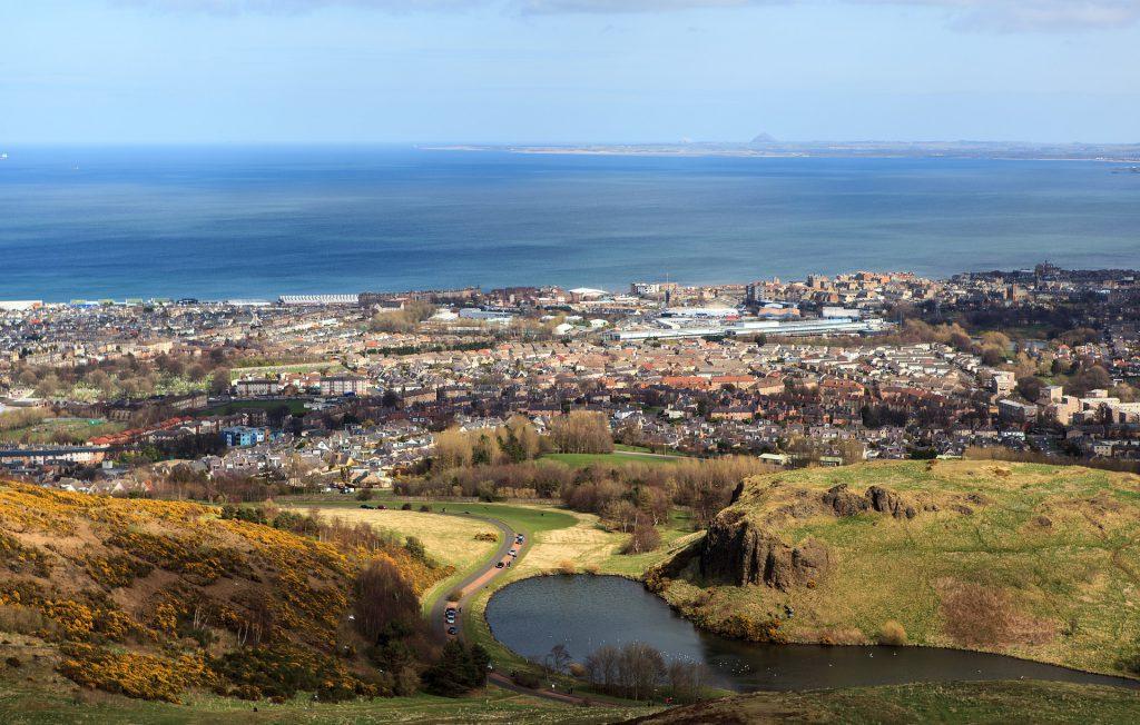 Hottest Tourist Destinations - Edinburgh